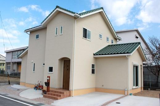 http://www.hometown-mie.com/wp-content/uploads/h_gaikan.jpg